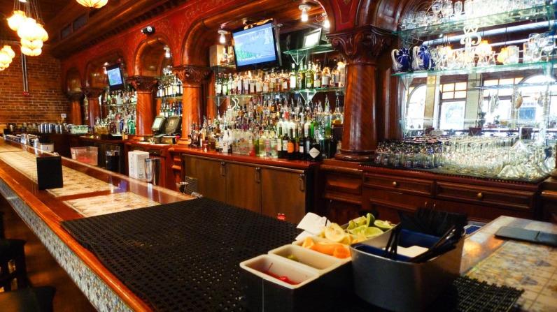 Ceviche's Bar